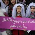Au Liban, des centaines de personnes manifestent contre les mariages précoces