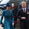 Cette photo complice de Kate Middleton et du prince Harry dément toute tension entre les familles