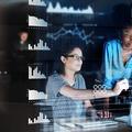 """""""Computer Grrrls"""" : comment les femmes ont été éclipsées de l'histoire de l'informatique"""