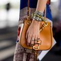 Shopping : des bracelets vintage à accumuler sans modération à son poignet