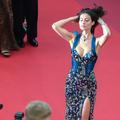 En photos : l'épouse d'Eros Ramazzotti en fait un brin trop sur le tapis rouge