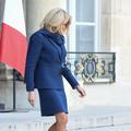 Bleu-blanc-rouge : le dress code patriotique de Brigitte Macron