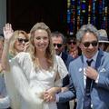 Les premières images du mariage bohème de Laura Smet dévoilées