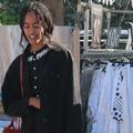 Les photos de Sasha et Malia Obama (presque) incognito sur un petit marché de Provence