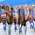Coupe du monde de football: quand les supporters réclament l'égalité salariale pour les joueuses