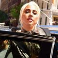 Lady Gaga a un nouveau compagnon (et ce n'est pas Bradley Cooper)