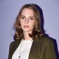 """Maya Hawke, la fille d'Uma Thurman, a infiltré la bande de """"Stranger Things"""""""