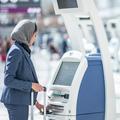 Les Saoudiennes peuvent désormais sortir du pays sans la permission d'un homme