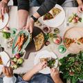 Comment rester vegan, sans perdre ses amis ?