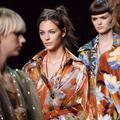 Soleil et légèreté pour le premier été de Fendi sans Karl Lagerfeld
