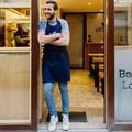 Success story : pourquoi tout Paris en pince pour le lobster roll de Moïse Sfez?