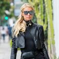 "Paris Hilton, le ""cœur brisé"", pleure la disparition de son grand-père Barron"