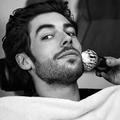 Manucure, barbe, coupe... Des soins à domicile pour les hommes