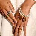 Pourquoi la tendance bijoux est au bicolore cet automne?