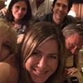 "Jennifer Aniston : sa photo des ""Friends"" récolte 1 million de likes en une heure"