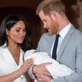 Le prince Harry berçant Archie, l'arrière-plan attendrissant d'une interview de Meghan Markle