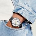 Quinze montres à double fuseau horaire pour passer à l'heure d'hiver sans jet lag
