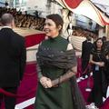 "La princesse Anne récompense Olivia Colman, héroïne de ""The Crown"", à Buckingham Palace"