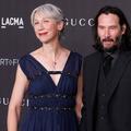 Keanu Reeves officialise pour la première fois avec une femme sur le tapis rouge