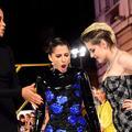 """Kristen Stewart et son énième """"coup de pied"""" sur tapis rouge"""