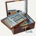 On a trouvé le cadeau le plus luxe : la boîte à bijoux fournie de Jessica McCormack