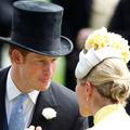 """""""Il a couru nu devant les invités"""": le jour où le prince Harry a fait rougir le prince Charles"""