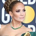 Le botox naturel, le secret de beauté (pas si bien gardé) de Jennifer Lopez