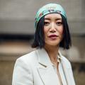 Accessoirisés, colorés, attachés... Les cheveux au carré se réinventent à la Fashion Week de Londres