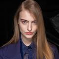 Cheveux extra-longs : les conseils d'un pro pour adopter la tendance de l'hiver