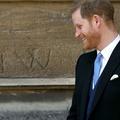 "Le prince Harry sera ""toujours le bienvenu"", assure Elizabeth II"