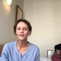 """""""On vous remercie du fond du cœur"""", l'hommage de Vanessa Paradis au personnel hospitalier, en vidéo et en chanson"""