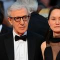 """Dans ses mémoires, Woody Allen dit avoir épousé Soon-YiPrevin pour des raisons """"strictement financières"""""""
