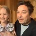"""Papa, j'ai perdu ma dent! "": en pleine émission, Jimmy Fallon est interrompu par sa fille"