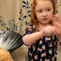 """""""Désolée si vous ne pouvez pas aller jouer dehors. Ne sortez pas"""" : Nova, 5 ans, sensibilise les enfants contre le coronavirus en vidéo"""