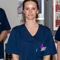 En Suède, la princesse Sofia prête main-forte au personnel hospitalier