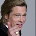 """Brad Pitt est """"très fier"""" de Shiloh et de """"la personne qu'elle est devenue"""""""