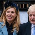 Boris Johnson et Carrie Symonds prénomment leur fils en hommage à deux médecins