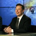Elon Musk et Grimes contraints de changer le prénom bizarre de leur fils