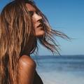 Comment prendre soin de ses cheveux à la mer ?