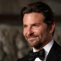 """Les """"desperate housewives"""" du Connecticut tentent de conquérir Bradley Cooper avec des pâtisseries"""