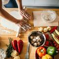 Conseils de chefs pour se faire (vraiment) plaisir en cuisine sans (trop) se fatiguer