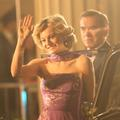 """La robe mauve de Lady Diana, la tiare d'Elizabeth II : les photos inédites de la saison 4 de """"The Crown"""""""