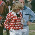 Deux célèbres pulls de Lady Diana réédités et une rupture de stock annoncée