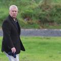 """Le prince Andrew bientôt """"débarqué"""" du prestigieux Royal Yacht Club au profit de Kate Middleton"""