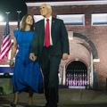 """Amour, gloire et piété : Mike et Karen Pence, 35 ans d'un """"mariage d'enfer"""""""