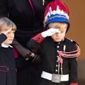 Jacques et Gabriella de Monaco, le salut officiel de la relève sur le Rocher