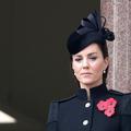 Impériale, Kate Middleton renoue avec le chignon sophistiqué au Jour du souvenir