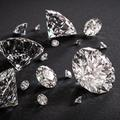 La différence entre diamants naturels et de synthèse est-elle obscure ?