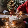 Plaisir d'offrir des cadeaux d'occasion, joie de recevoir ?