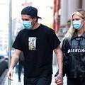 La famille s'agrandit : les Beckham posent avec leur fils Brooklyn et sa future femme Nicola